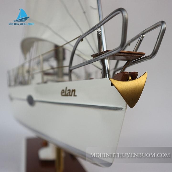 Thuyền buồm ELAN