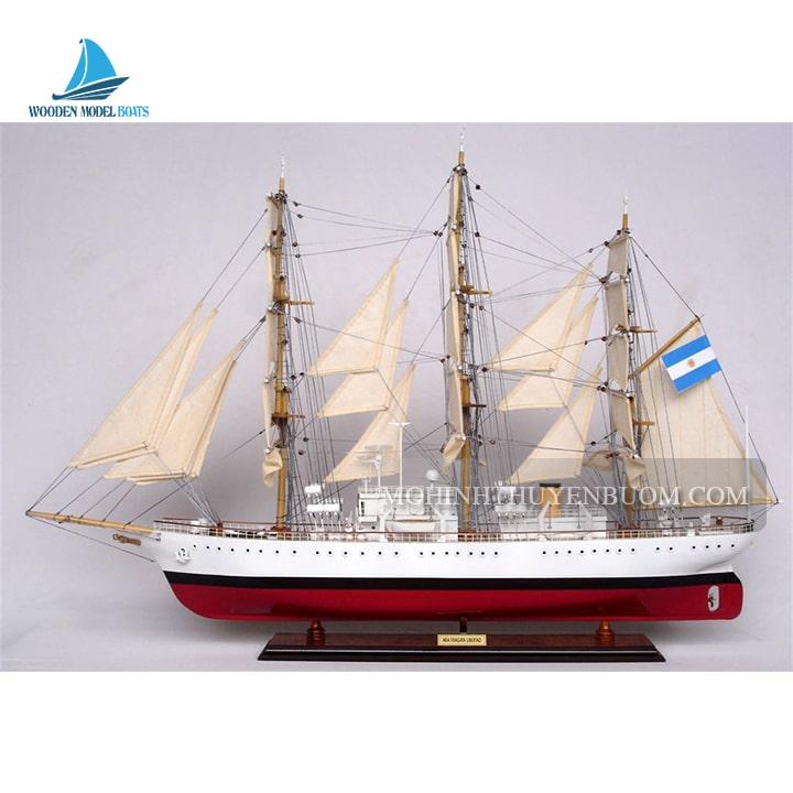 Thuyền Gỗ ARA LIBERTAD