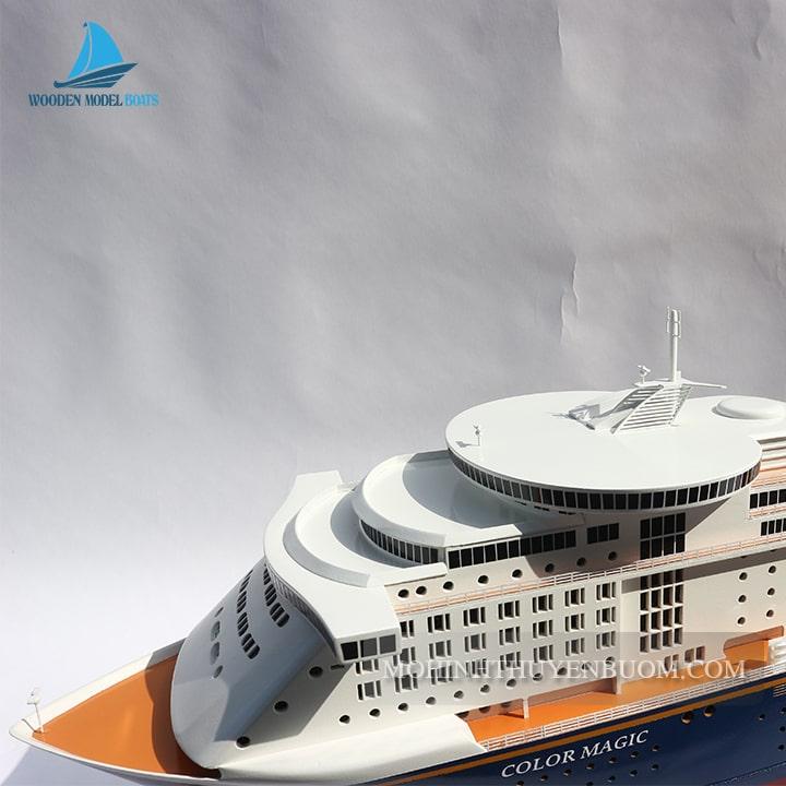 Thuyền Du Lịch COLOR MAGIC