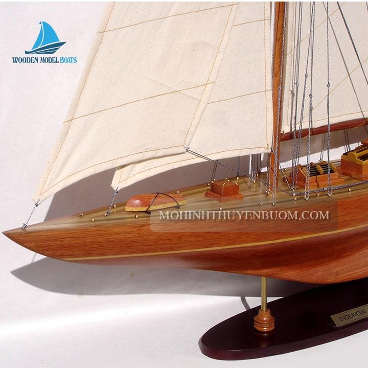 Thuyền buồm ENDEAVOUR WOOD