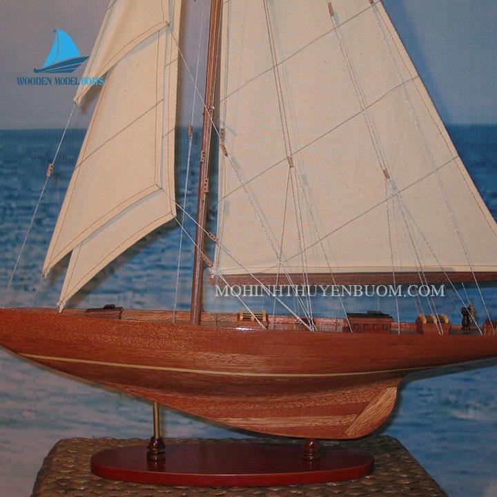 Thuyền buồm SHAMROCK WOOD