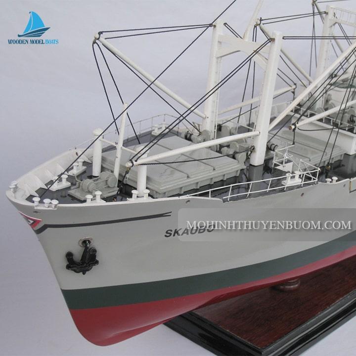 Thuyền thương mại SKAUBO